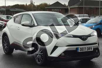 Toyota C-HR 1.2T Excel 5dr CVT in White Pearl at Listers Toyota Lincoln