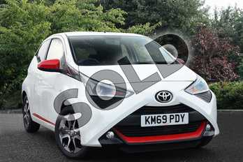 Toyota AYGO 1.0 VVT-i X-Trend 5dr in White at Listers Toyota Nuneaton