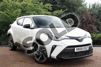 Toyota C-HR 2.0 Hybrid Dynamic 5dr CVT in White at Listers Toyota Stratford-upon-Avon