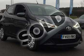 Toyota AYGO 1.0 VVT-i X-Play 5dr in Electro Grey at Listers Toyota Lincoln