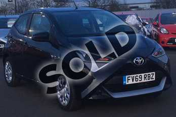 Toyota AYGO 1.0 VVT-i X-Play 5dr in Bold Black at Listers Toyota Lincoln
