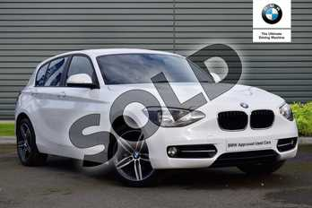 BMW 1 Series 116i Sport 5dr in Alpine White at Listers Boston (BMW)