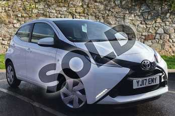 Toyota AYGO 1.0 VVT-i X-Play 5dr in White Flash at Listers Toyota Boston