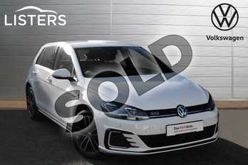 Volkswagen Golf 1.4 TSI GTE 5dr DSG in Pure white at Listers Volkswagen Evesham