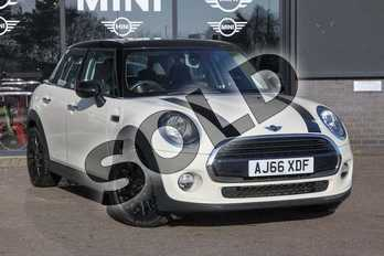 MINI Hatchback 1.5 Cooper 5dr in Pepper White at Listers Boston (MINI)