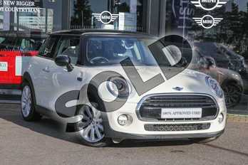 MINI Hatchback 1.5 Cooper 3dr in Pepper White at Listers Boston (MINI)