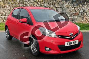 Toyota Yaris 1.33 VVT-i Icon+ 5dr in Red at Listers Toyota Nuneaton