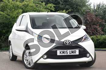 Toyota AYGO 1.0 VVT-i X-Pression 5dr in White at Listers Toyota Nuneaton