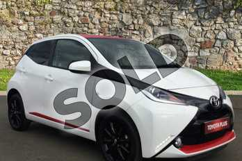Toyota AYGO 1.0 VVT-i X-Press 5dr in White Flash at Listers Toyota Grantham