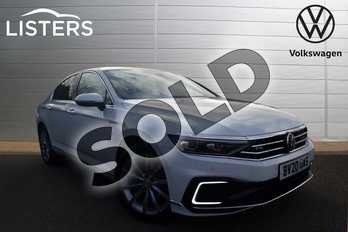 Volkswagen Passat 1.4 TSI PHEV GTE Advance 4dr DSG in Pure White at Listers Volkswagen Coventry