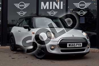 MINI Hatchback 1.5 Cooper 3dr in White Silver at Listers Boston (MINI)