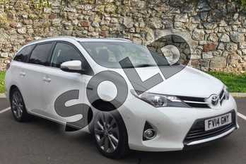 Toyota Auris 1.8 VVTi Hybrid Excel 5dr CVT Auto in White Pearl at Listers Toyota Grantham