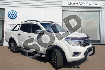 Nissan Navara Double Cab Pick Up Tekna 2.3dCi 190 4WD in White at Listers Volkswagen Van Centre Coventry