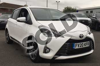 Toyota Yaris 1.5 VVT-i Y20 5dr (Bi-tone) in Pure White at Listers Toyota Lincoln