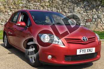 Toyota Auris 1.6 V-Matic TR 5dr in Vermillion Red at Listers Toyota Boston