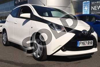Toyota AYGO 1.0 VVT-i X-Play 5dr in White Flash at Listers Toyota Lincoln