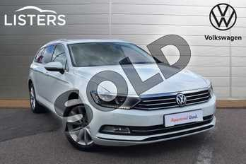 Volkswagen Passat 2.0 TDI SE Business 5dr in Pure White at Listers Volkswagen Loughborough