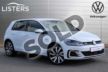 Volkswagen Golf 1.4 TSI GTE Advance 5dr DSG in Pure White at Listers Volkswagen Nuneaton