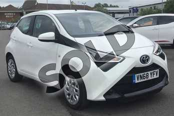 Toyota AYGO 1.0 VVT-i X-Play 5dr in White at Listers Toyota Cheltenham