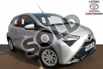 Toyota AYGO 1.0 VVT-i X-Play 5dr in Silver at Listers Toyota Cheltenham
