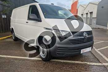 Volkswagen Transporter 83kW 37.3kWh Advance Van Auto in Candy White at Listers Volkswagen Van Centre Worcestershire