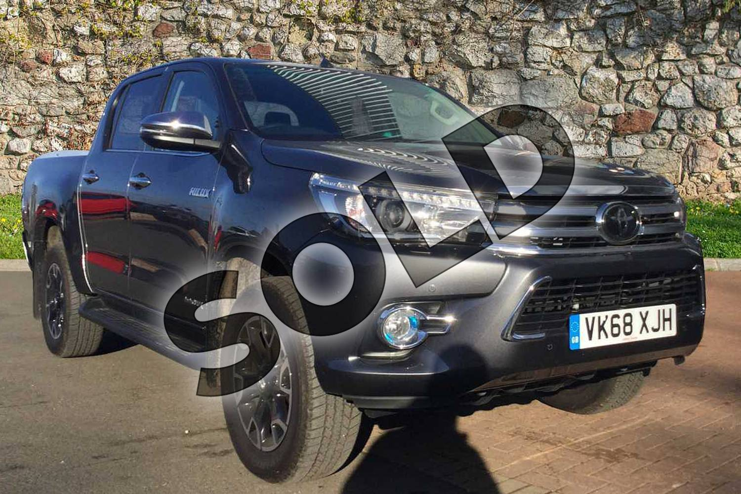 2018 Toyota Hilux Diesel Diesel Invincible X D/Cab Pick Up 2.4 D-4D in Decuma Grey at Listers Toyota Cheltenham