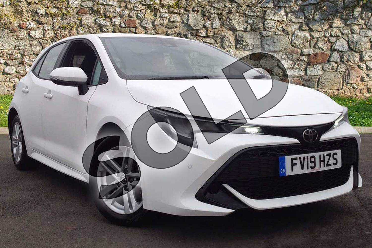 2019 Toyota Corolla Hatchback 1.2T VVT-i Icon Tech 5dr in White at Listers Toyota Lincoln