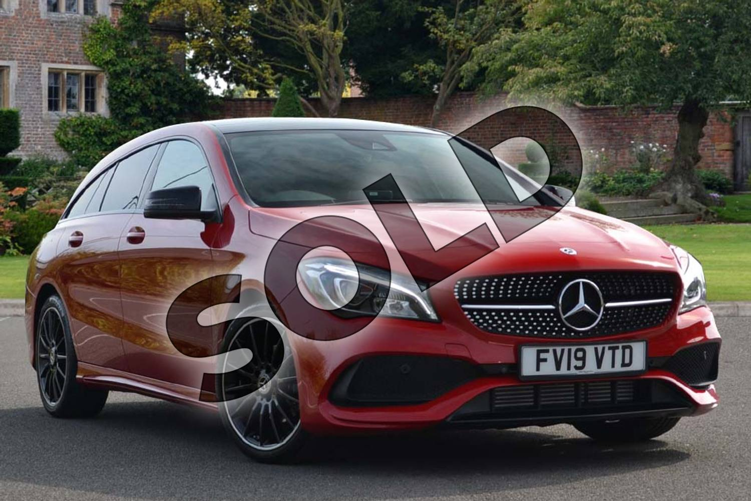 Mercedes-Benz CLA Class Shooting Brake CLA 200 AMG Line Night