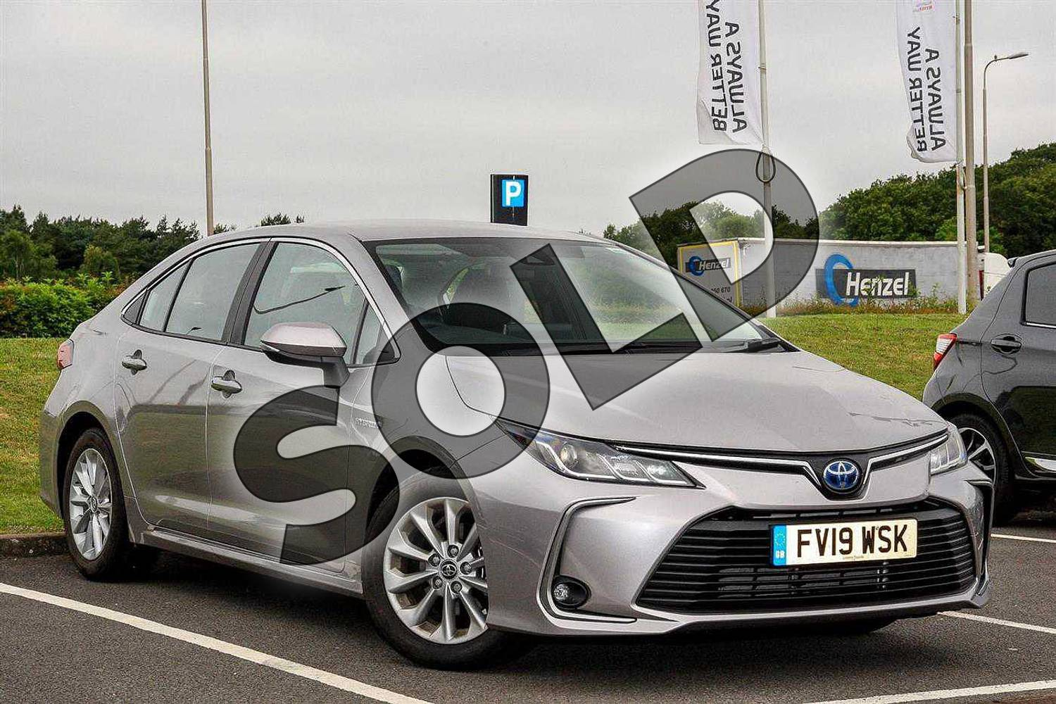 2019 Toyota Corolla Saloon 1.8 VVT-i Hybrid Icon 4dr CVT in Silver at Listers Toyota Lincoln