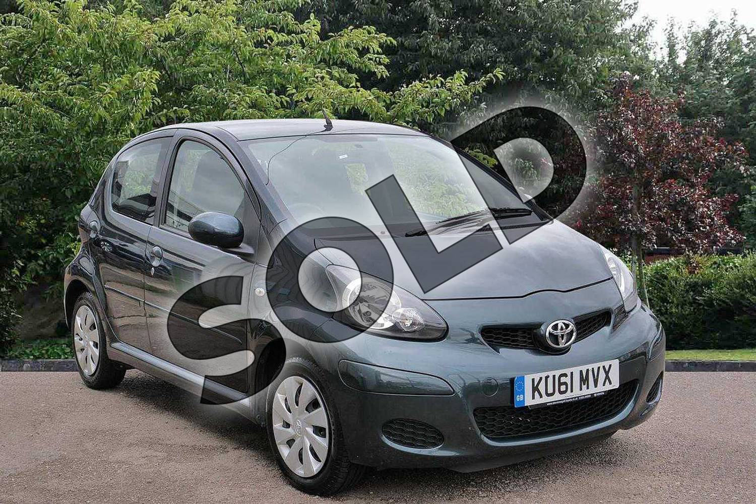 2011 Toyota AYGO Hatchback Special Edition Special Edition 1.0 VVT-i Ice 5dr in Green at Listers Toyota Stratford-upon-Avon