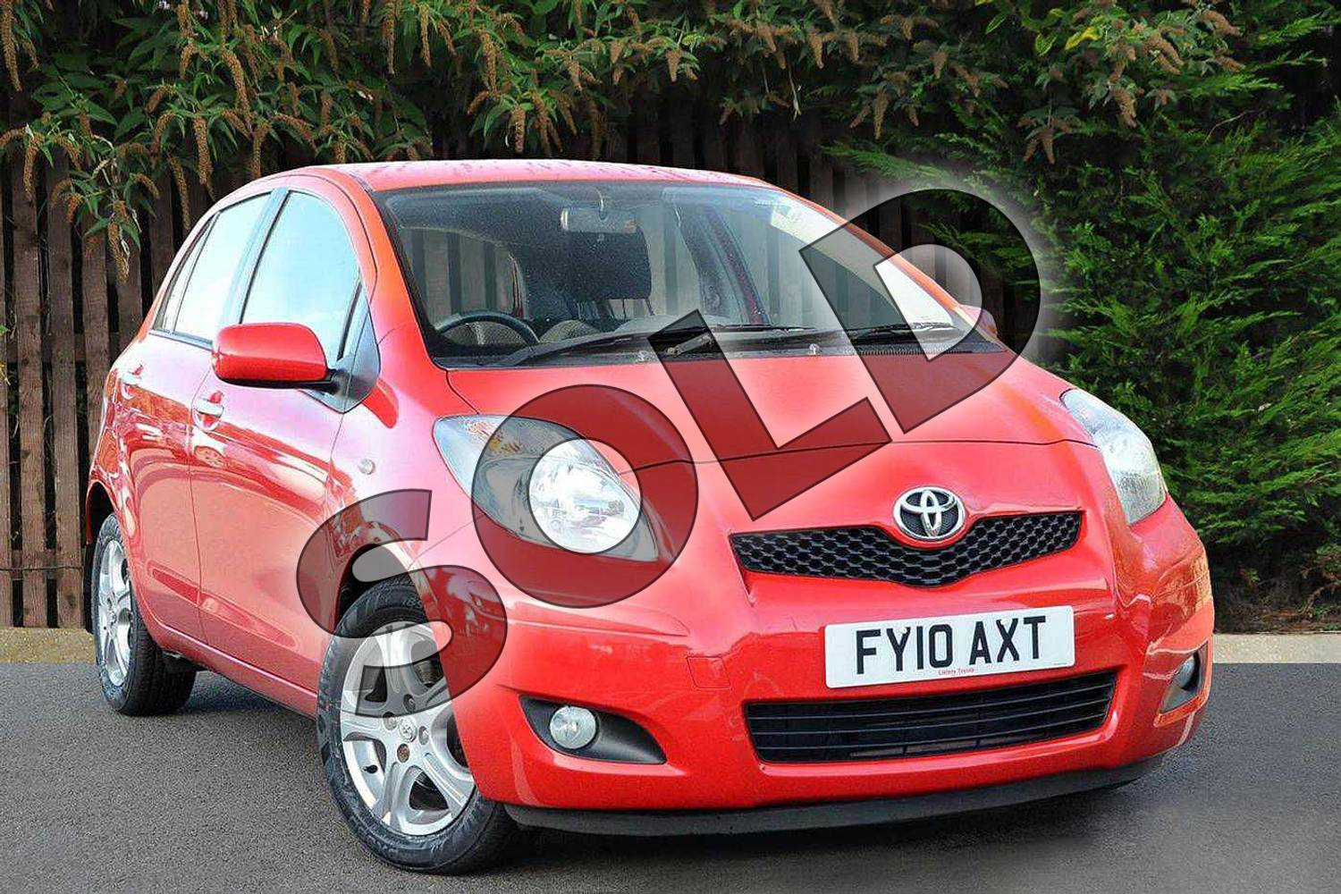 2010 Toyota Yaris Hatchback 1.33 VVT-i TR 5dr (6) in Red Pop at Listers Toyota Coventry