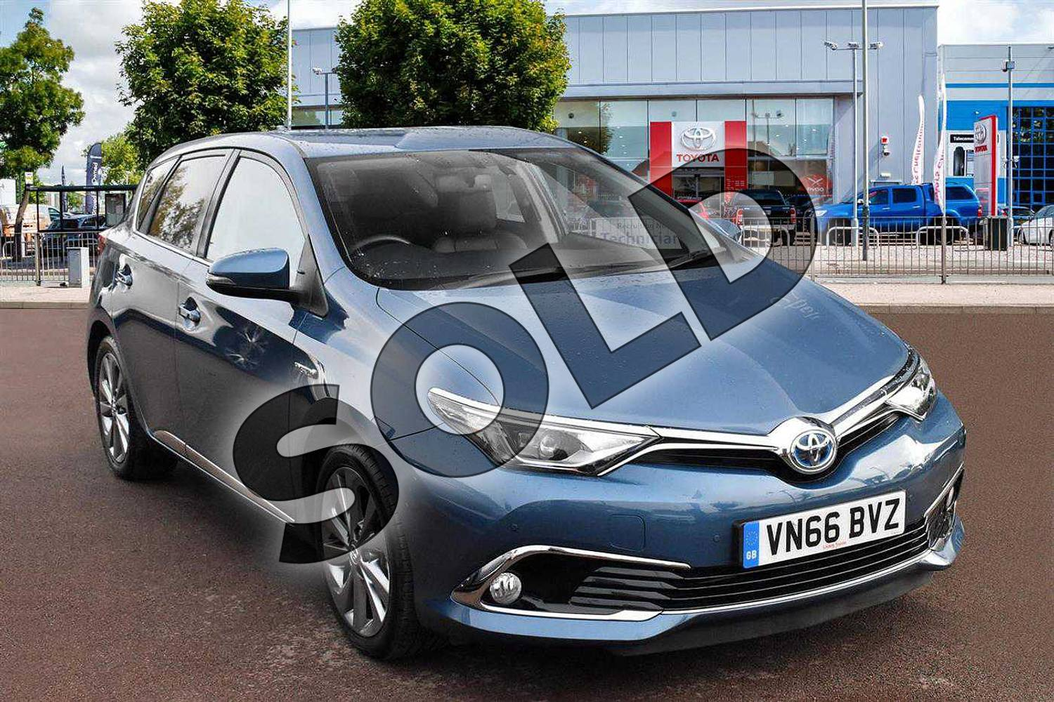 2016 Toyota Auris Hatchback 1.8 Hybrid Excel 5dr CVT in Denim Blue at Listers Toyota Cheltenham