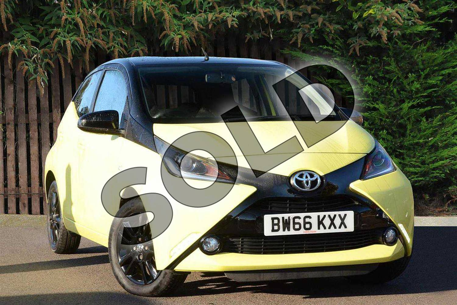2016 Toyota AYGO Hatchback Special Editions Special Editions 1.0 VVT-i X-Cite 3 5dr in Yellow at Listers Toyota Coventry