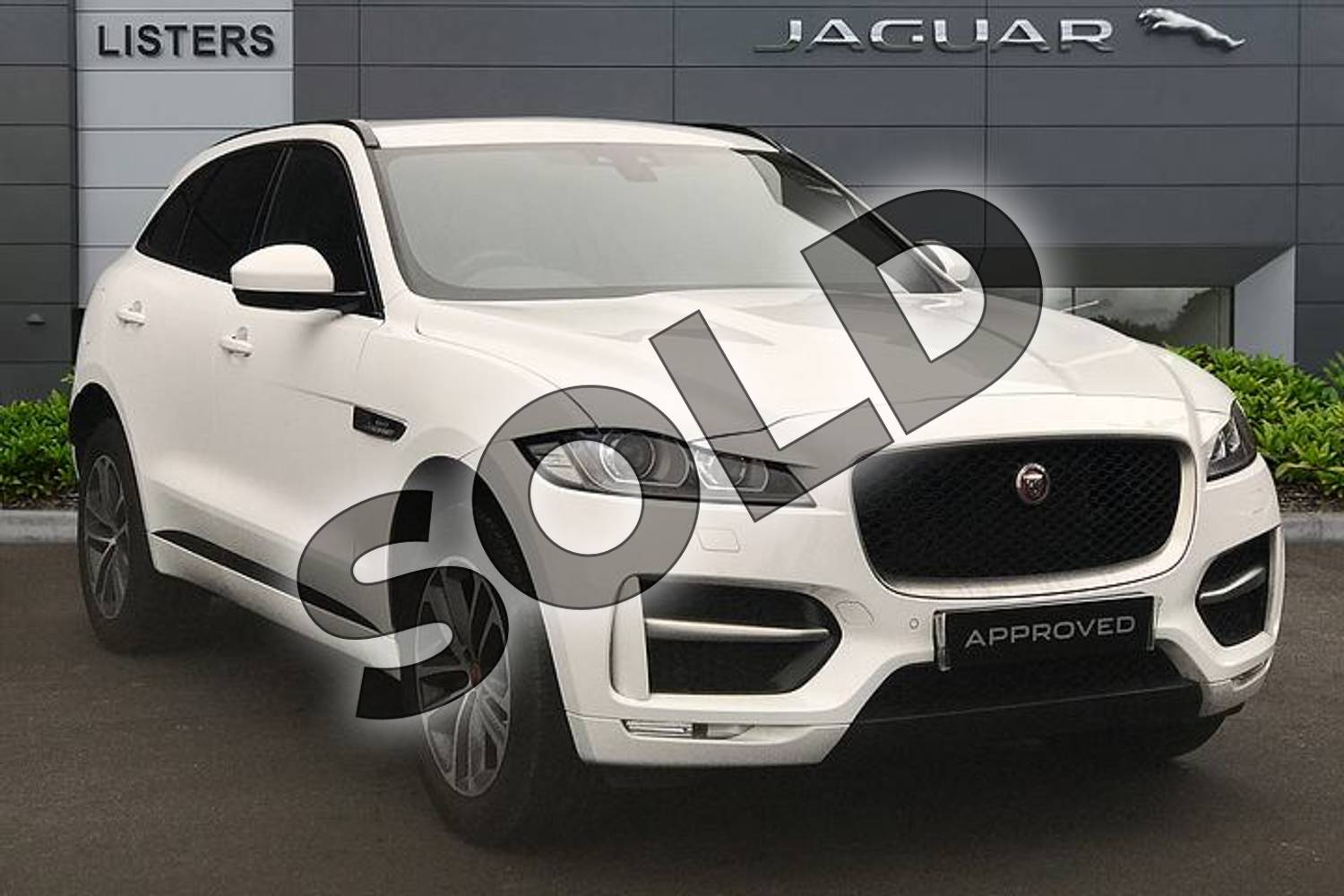 2018 Jaguar F-PACE Diesel Estate 2.0d R-Sport 5dr Auto AWD in Fuji White at Listers Jaguar Solihull