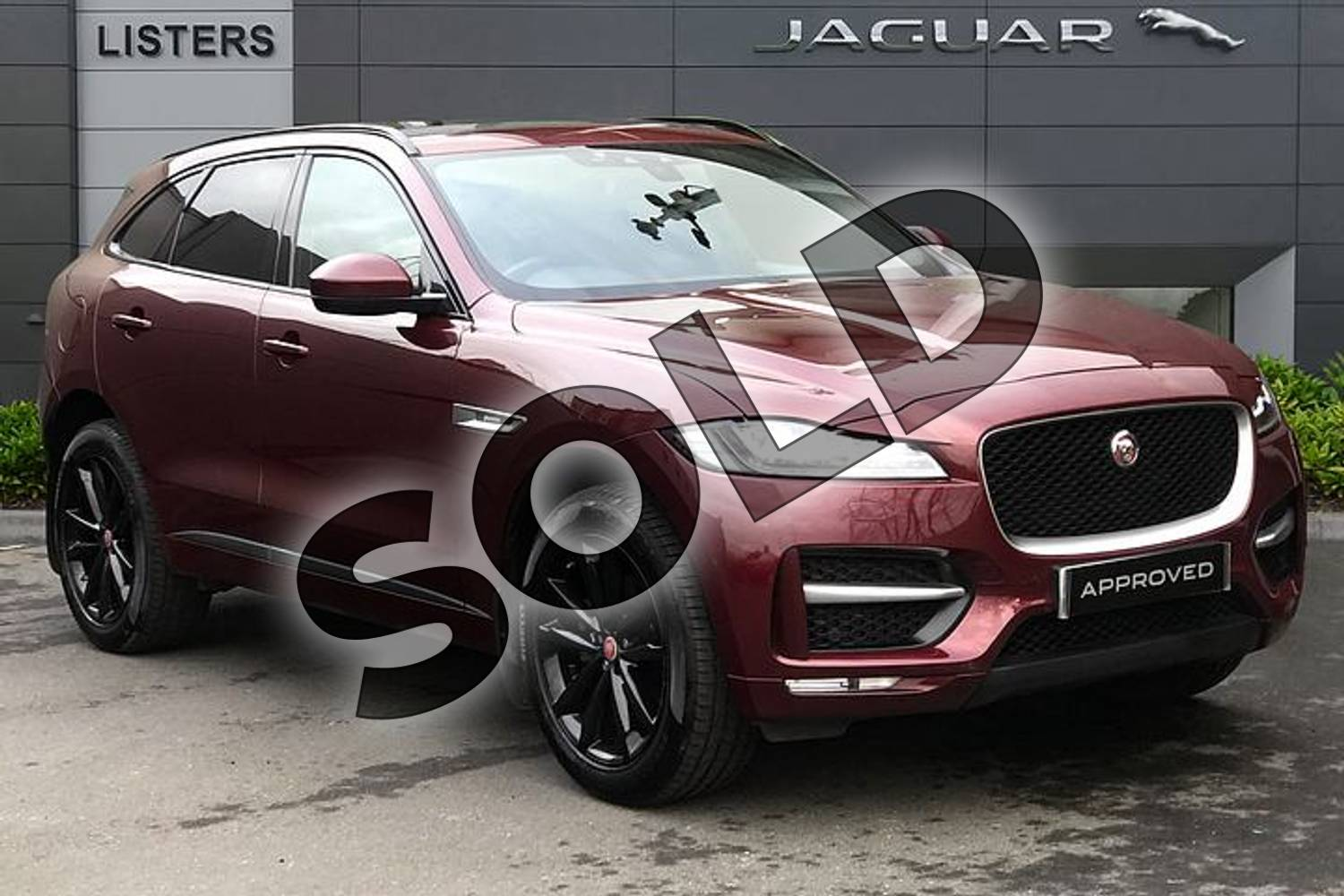 2017 Jaguar F-PACE Diesel Estate 2.0d R-Sport 5dr Auto AWD in Montalcino Red at Listers Jaguar Droitwich