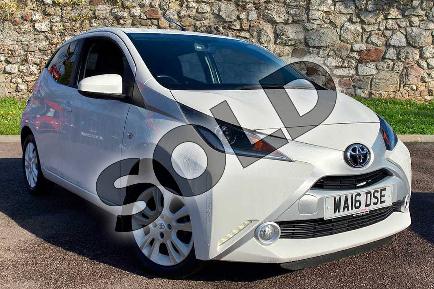 2016 Toyota AYGO Hatchback Special Editions 1.0 VVT-i X-Pure 5dr in White at Listers Toyota Coventry