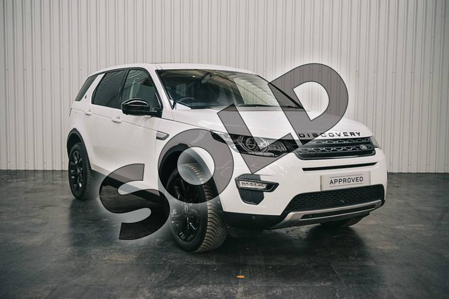 2017 Land Rover Discovery Sport Diesel SW 2.0 TD4 180 HSE 5dr Auto in Fuji White at Listers Land Rover Solihull