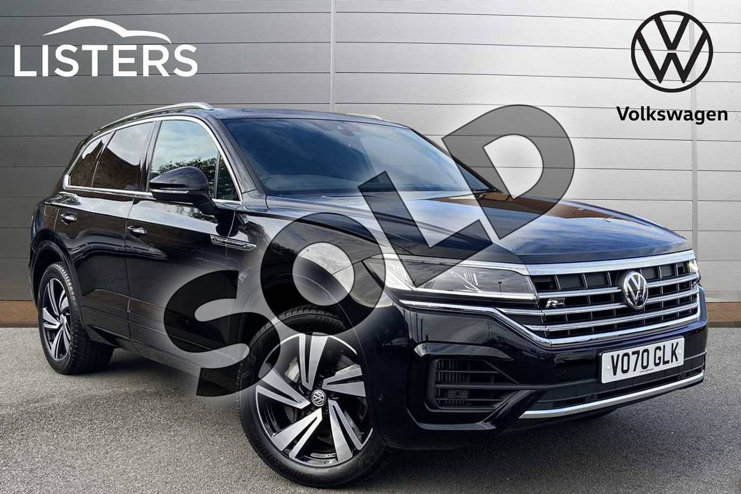 2020 Volkswagen Touareg Estate 3.0 V6 TSI 4Motion R-Line Tech 5dr Tip Auto in Deep black at Listers Volkswagen Stratford-upon-Avon