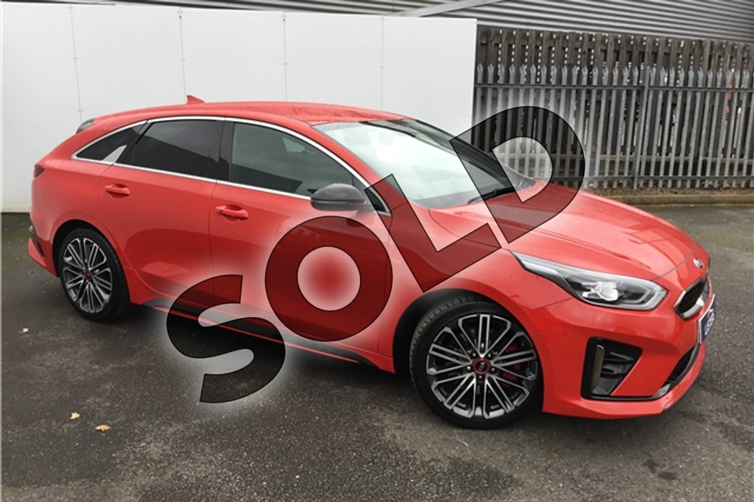 2019 Kia PRO Ceed Shooting Brake 1.6T GDi ISG GT 5dr DCT in Solid - Track red at Listers U Solihull