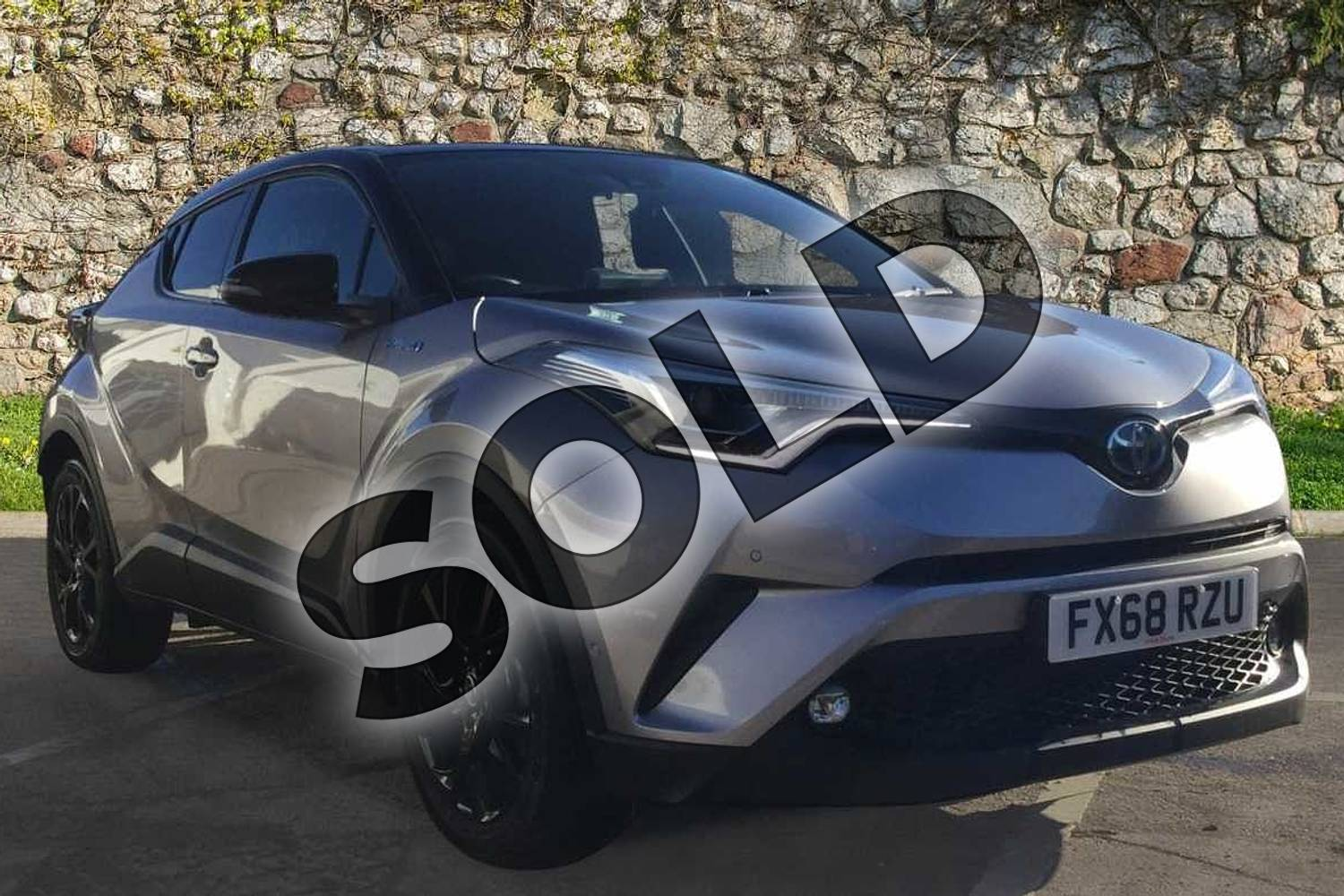 2018 Toyota C-HR Hatchback 1.8 Hybrid Dynamic 5dr CVT in Silver at Listers Toyota Nuneaton