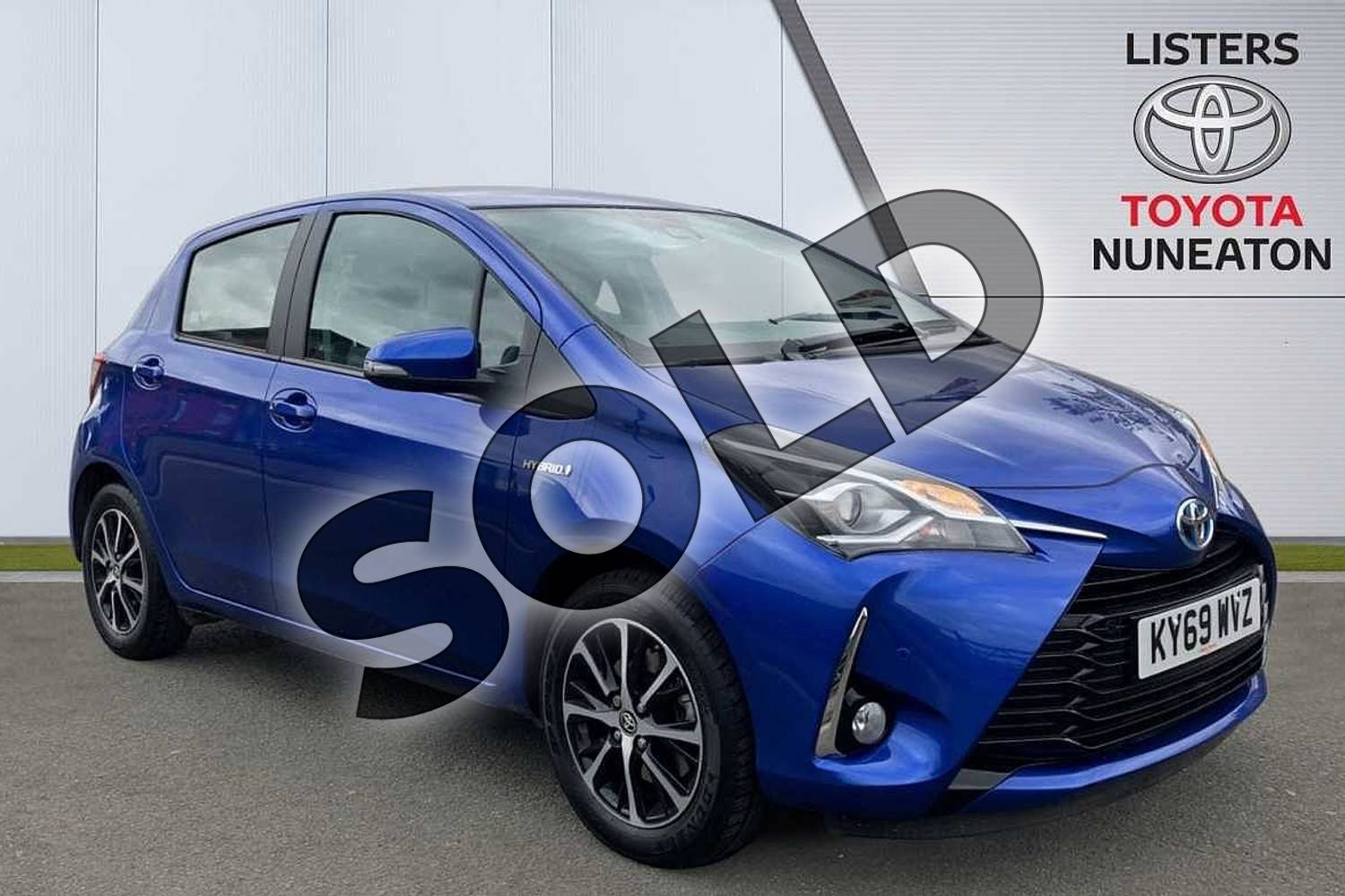 2019 Toyota Yaris Hatchback 1.5 Hybrid Icon Tech 5dr CVT in Blue at Listers Toyota Nuneaton