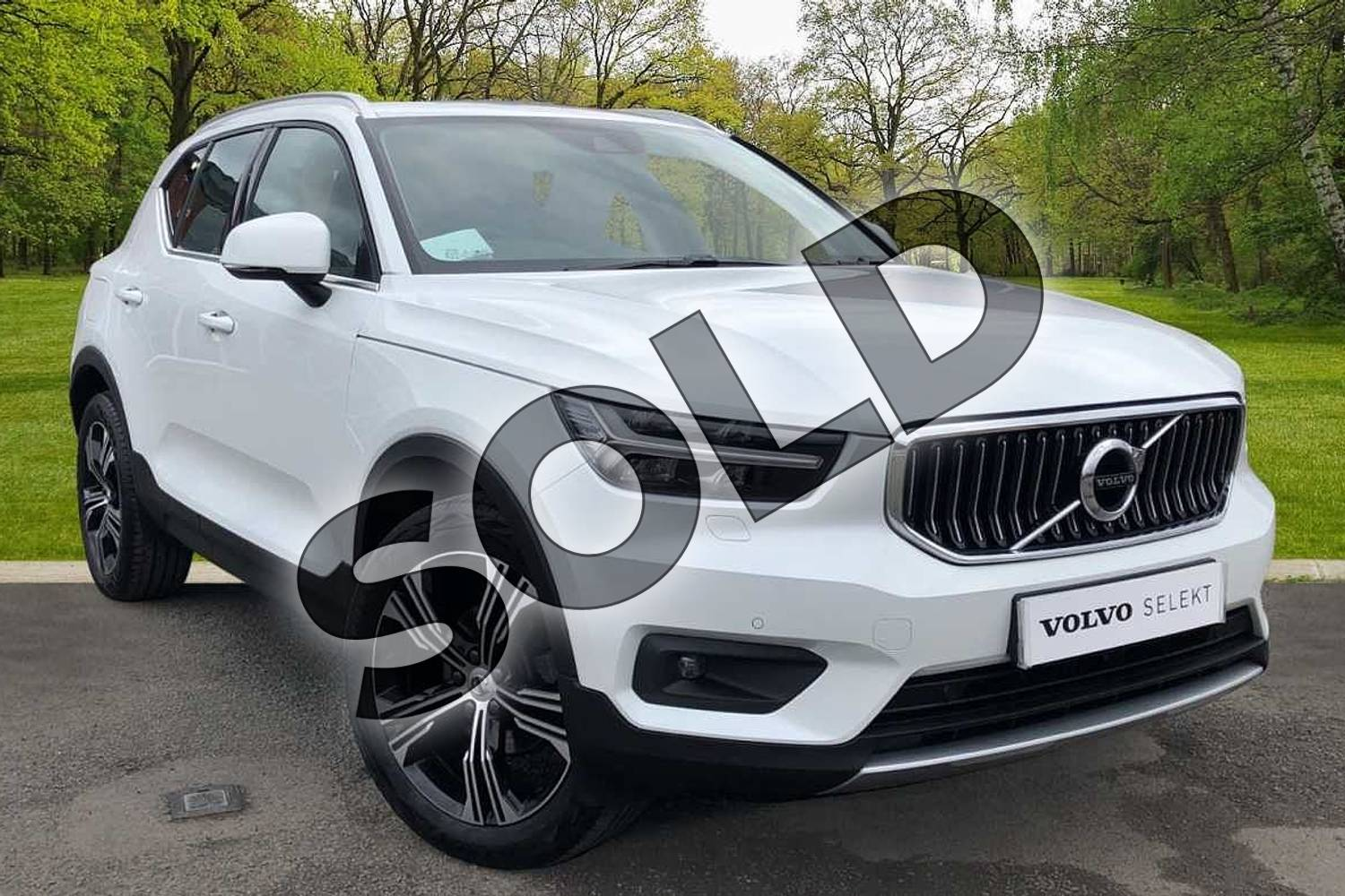 2020 Volvo XC40 Estate 1.5 T3 (163) Inscription Pro 5dr in Crystal White at Listers Volvo Worcester