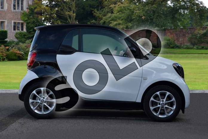 Image four of this 2018 Smart Fortwo Coupe 1.0 Passion 2dr Auto in white at smart at Mercedes-Benz of Lincoln