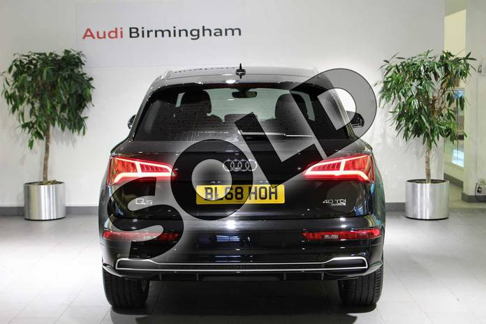 Image fifteen of this 2018 Audi Q5 Diesel Estate Diesel 40 TDI Quattro S Line 5dr S Tronic in Myth Black Metallic at Birmingham Audi