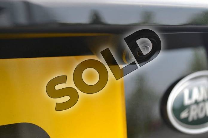 Image eleven of this 2018 Land Rover Discovery Sport Diesel SW Diesel SW 2.0 TD4 180 SE Tech 5dr Auto in Santorini Black at Listers Land Rover Hereford