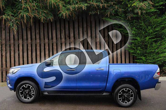 Image nine of this 2019 Toyota Hilux Diesel Diesel Invincible X D/Cab Pick Up 2.4 D-4D Auto in Nebula Blue at Listers Toyota Coventry