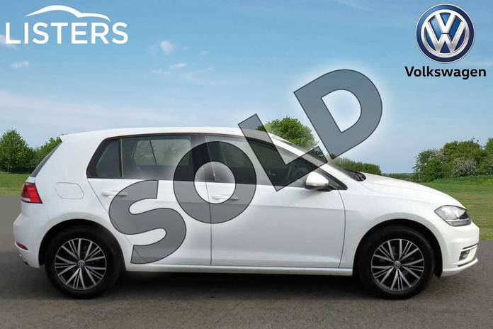 Image four of this 2019 Volkswagen Golf Diesel Hatchback Diesel 1.6 TDI SE 5dr DSG in Pure white at Listers Volkswagen Coventry