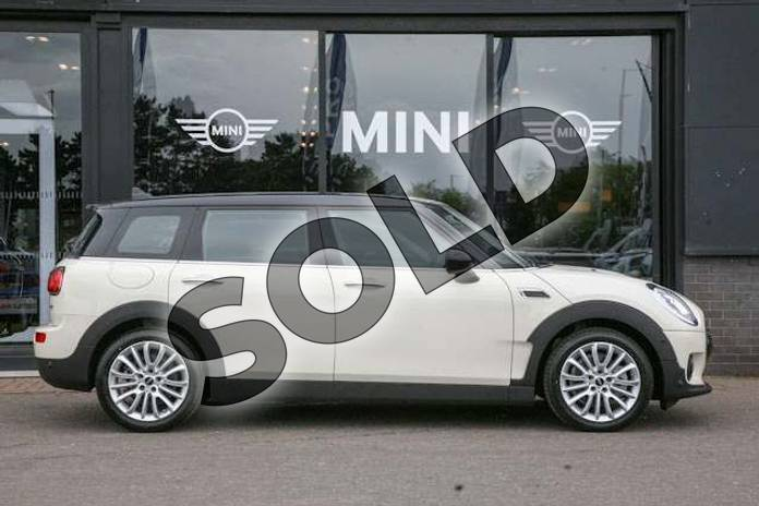 Image three of this 2019 MINI Clubman Estate 1.5 Cooper Classic 6dr in Pepper White at Listers Boston (MINI)