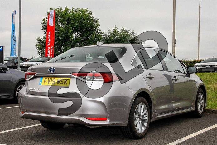 Image two of this 2019 Toyota Corolla Saloon 1.8 VVT-i Hybrid Icon 4dr CVT in Silver at Listers Toyota Lincoln