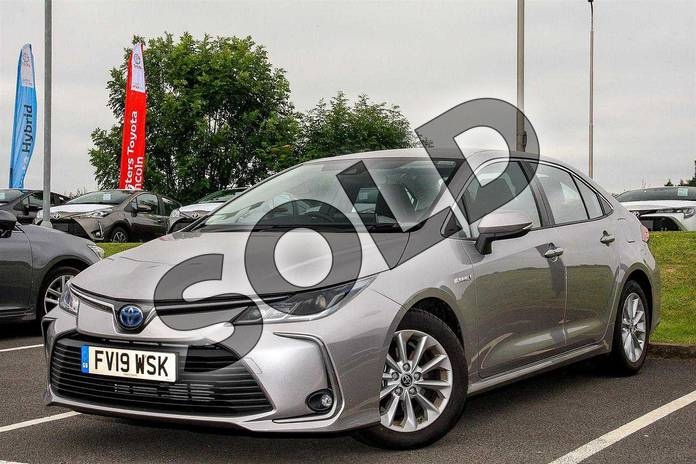 Image three of this 2019 Toyota Corolla Saloon 1.8 VVT-i Hybrid Icon 4dr CVT in Silver at Listers Toyota Lincoln